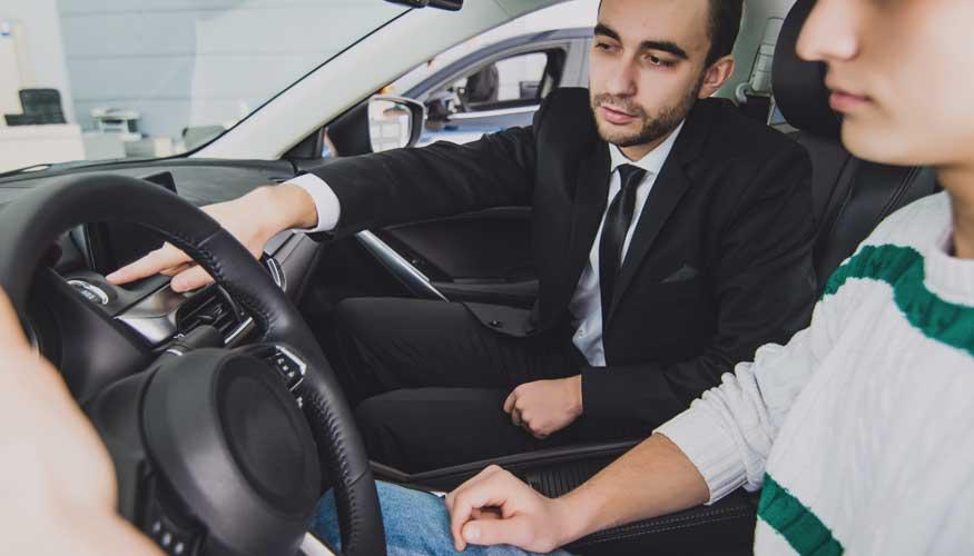ogretmeni trafik surucu kurs trafikte dersi egitimi ileri surus teknikleri defansif pearl surus hocasi egitmenligi oto